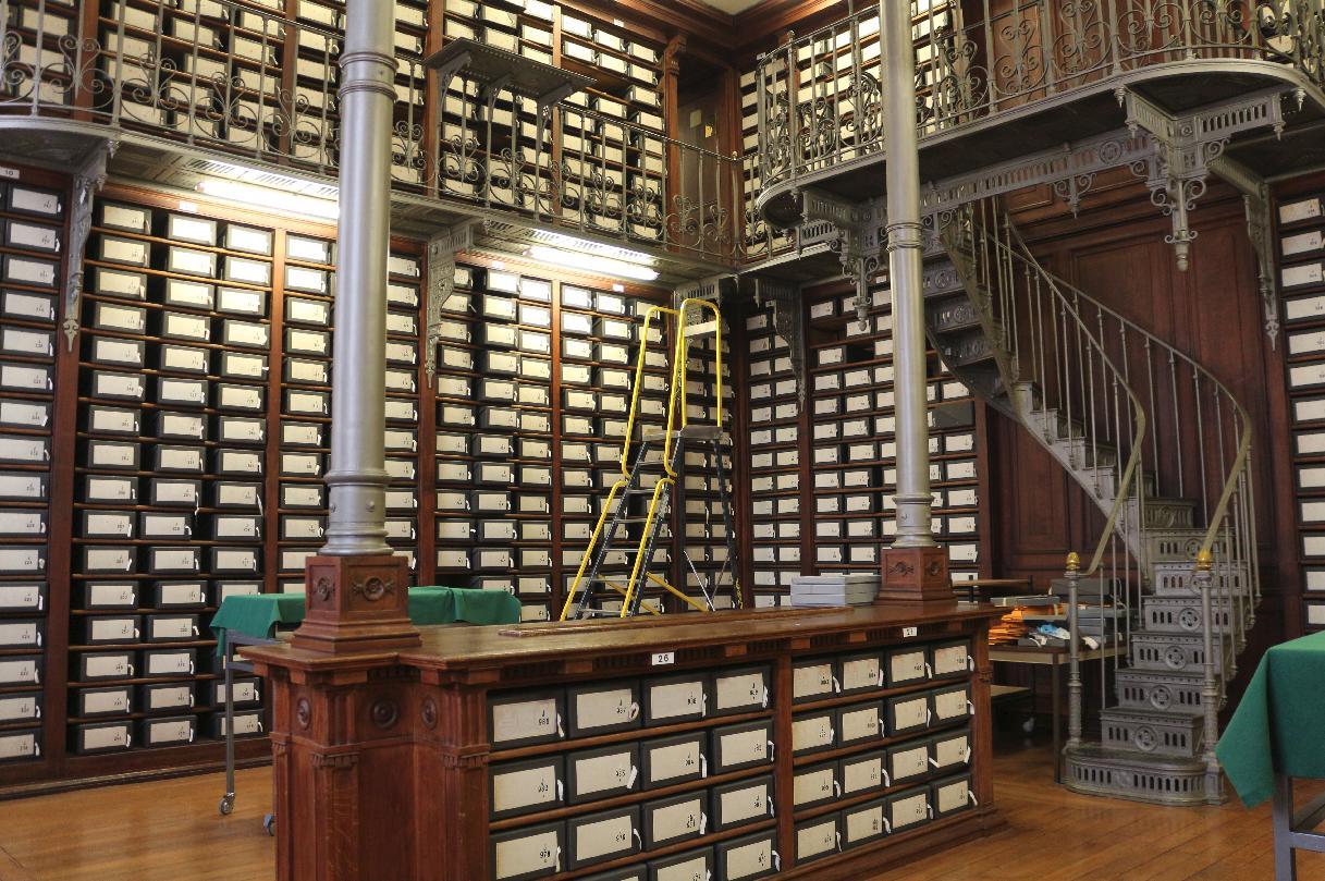 Photographie des grands dépôts des Archives nationales, site de Paris, magasin du Trésor des Chartes (série J) ©Chloe FIZE, 2017